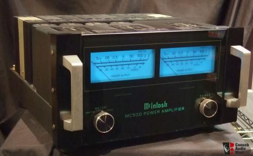 客戶升級出售 一手家用美國知名大廠 McIntosh MC500 500W+500W 後級擴大機